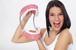 Учёные Оренбурга изобрели уникальную плёнку для лечения зубов