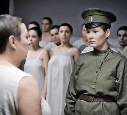 На премьеру «Батальона» Башаров пришел с бывшей женой