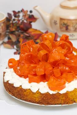 Морковный праздничный пирог