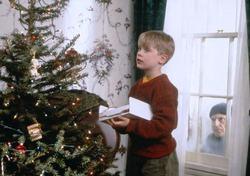 Что смотрел мир по телевизору под Новый год?