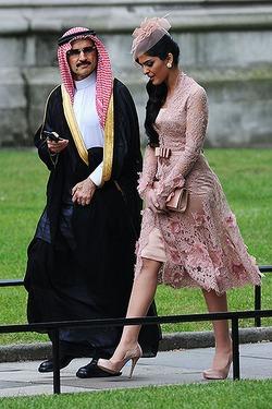 Принц Саудовской Аравии отдал все свои  деньги на благотворительность