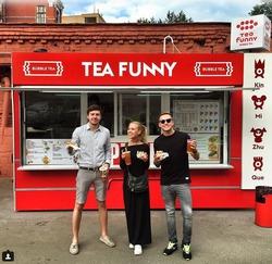 Влад Соколовский и Дакота открыли фудтрак Tea Funny
