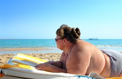 Синдром купальника: треть испанцев сидит на диете