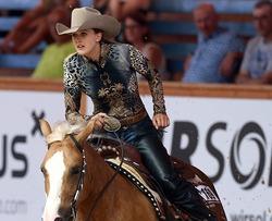 Дочь Михаэля Шумахера выиграла «золото» на скачках в Швейцарии