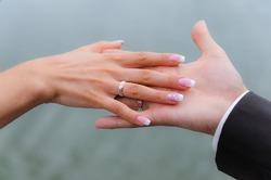 Уж замуж невтерпёж: в Нью-Йорке арестовали женщину за многократное вступление в брак