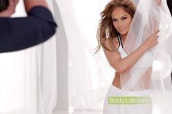 Лопес представила фитнес-программу для стройности