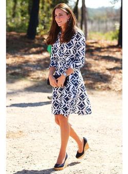 Королева запретила Кейт Миддлтон обувь на танкетке