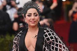 Леди Гага: «Я не забеременела, а постарела и потолстела»