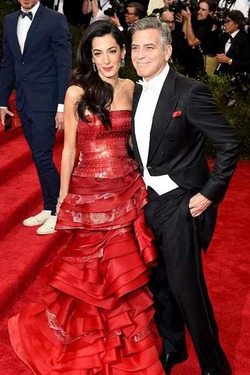 Джордж Клуни боится за свою жену, которая весит 40 кило