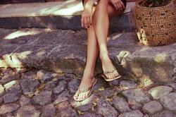 Вьетнамки вредны так же, как и туфли на каблуках