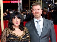 Эрика Джеймс с мужем Найллом Леонардом фото