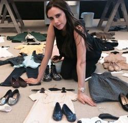 Виктория Бекхэм распродает одежду дочери