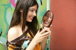 Люди не могут объективно относиться к своей внешности