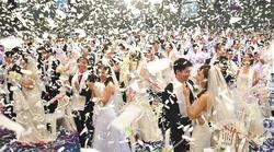 В Южной Корее поженились одновременно 3 800 пар