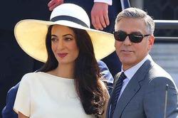 Амаль Клуни ревнует мужа к Скарлетт Йоханссон