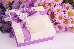 Самые популярные подарки на 8 марта в России