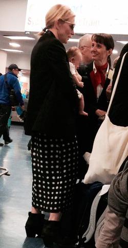 45-летняя Кейт Бланшетт удочерила девочку