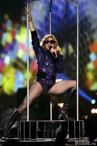 Концерты Мадонна - это всегда яркие шоу фото