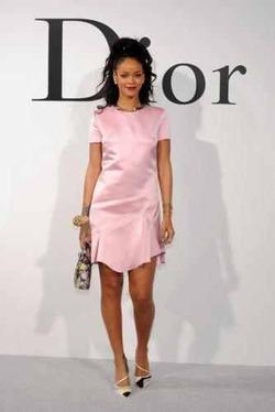 Рианна потеснила Лоуренс и стала лицом Dior