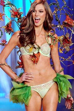 Карли Клосс дала Кендалл Дженнер совет, как попасть в Victoria's Secret