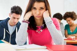 Ученые: диплом престижного вуза не делает счастливым