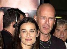 Брюс Уиллис с первой женой Деми Мур фото