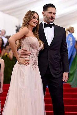 София Вергара и Джо Манганьелло определились с датой свадьбы