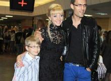 Кристина Орбакайте с Байсаровым и сыном Дени фото