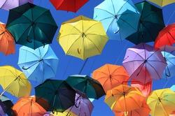 В Санкт-Петербурге открывается «Аллея парящих зонтиков»