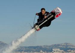 Канадец пролетел на ховерборде 275 метров