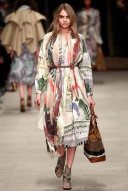 Кара Дельвинь рассказала, что ее «бесит» в мире моды