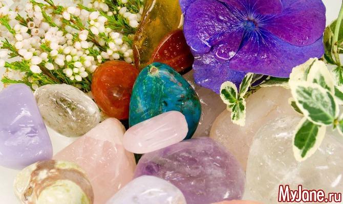 Без таблеток и микстур: выбираем камни для женского здоровья