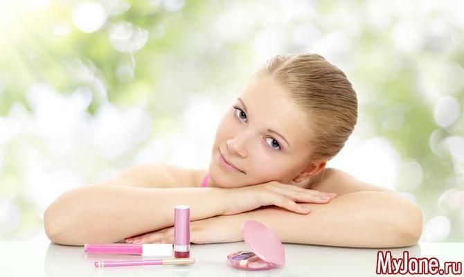 Отказ от макияжа: зачем и нужен ли?