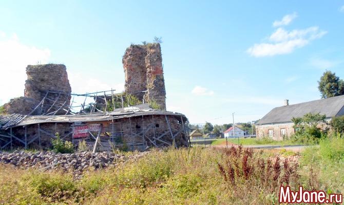 Руины средневекового замка-крепости в Крево. Путешествуем по Беларуси