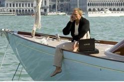 Отказ от рекламы: Samsung и Sony не подходят агенту 007