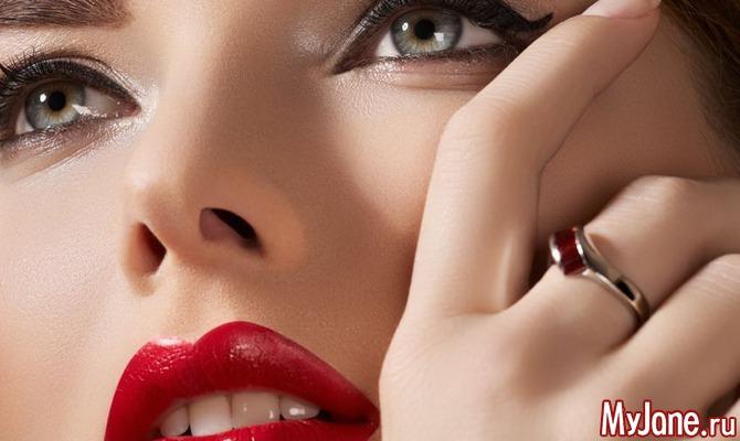 Манящая улыбка: 7 лучших масок и скрабов для кожи губ