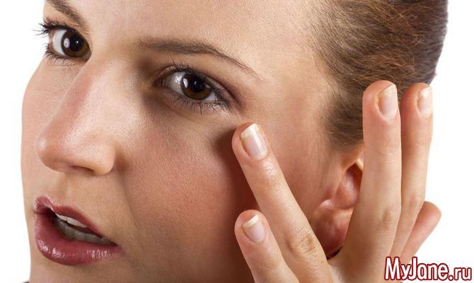 Непрошенные тени: Как улучшить состояние кожи век?
