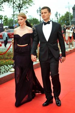 Российские СМИ: Светлана Ходченкова беременна