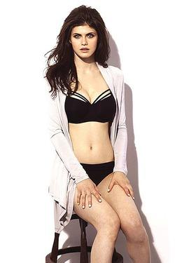 Выбрана актриса на главную роль в «Спасателях Малибу»