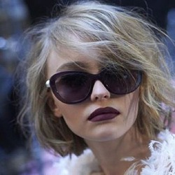 Джонни Депп боится за дочь, которая стала моделью