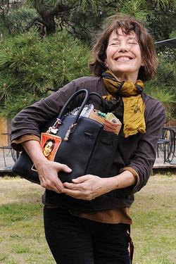 Джейн Биркин согласилась не отбирать свое имя у сумки