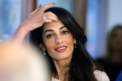 Сколько стоит стрижка Амаль Клуни и Хиллари Клинтон