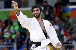 Блестящее начало: россиянин завоевал золото
