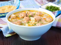 Суп с фрикадельками – блюдо, перед которым сложно устоять