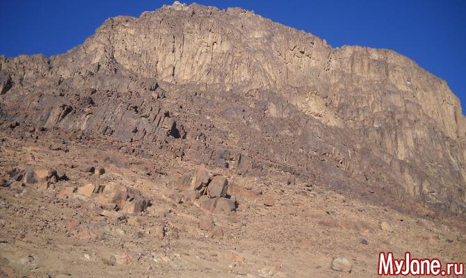 Чудесный рассвет на горе Моисея