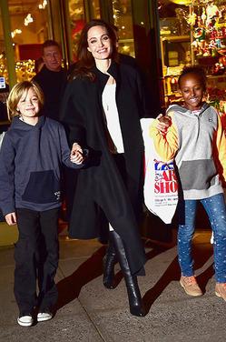 Дети Джоли не хотят стать актерами