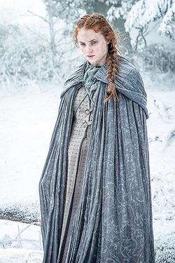 В шестом сезоне «Игры престолов» Санса Старк беременна