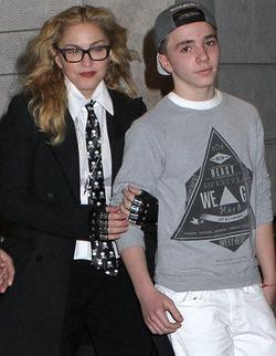 Мадонна попала в «черный список» собственного сына