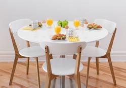 Повлиять на аппетит можно размером стола