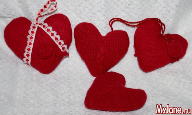 Шерстяные сердечки ко Дню влюбленных